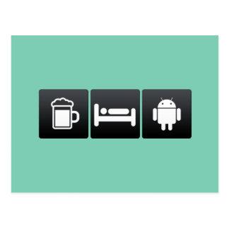 Bebida, sueño y robótica tarjeta postal
