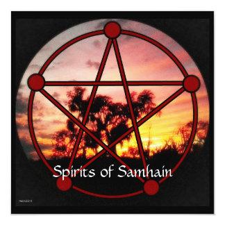 """Bebidas espirituosas de Samhain Invitación 5.25"""" X 5.25"""""""
