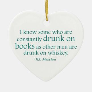 Bebido en los libros adorno navideño de cerámica en forma de corazón