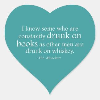 Bebido en los libros pegatina en forma de corazón