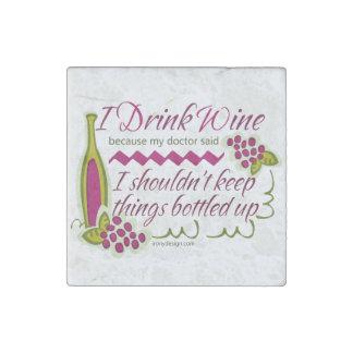 Bebo cita divertida del vino imán de piedra