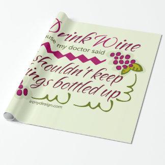 Bebo cita divertida del vino papel de regalo