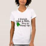 Bebo como un intento del chica para continuar camisetas