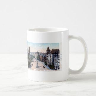 Bedford Ave., Brooklyn, NY 1906 Vintage Coffee Mug