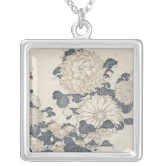 Bee and chrysanthemums silver plated necklace