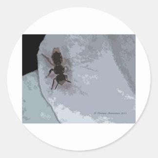 bee b classic round sticker