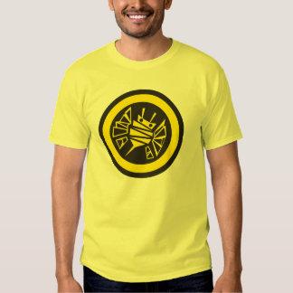 bee-button tee shirt