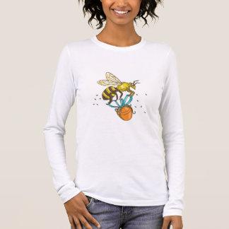Bee Carrying Honey Pot Drawing Long Sleeve T-Shirt