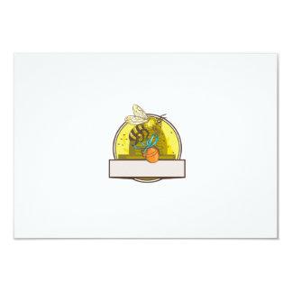 Bee Carrying Honey Pot Skep Circle Drawing Card