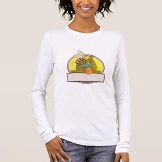 Bee Carrying Honey Pot Skep Circle Drawing Long Sleeve T-Shirt