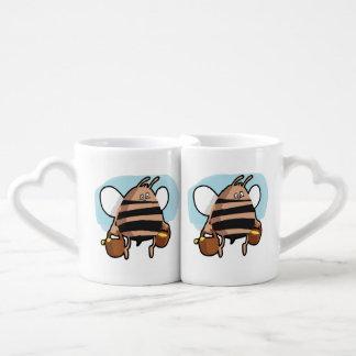 Bee cartoon couples coffee mug