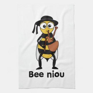 Bee niou towel