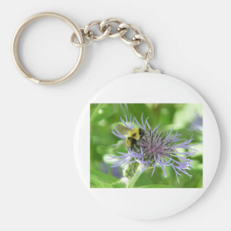 bee,on a batchelor button keychains
