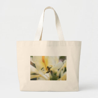 bee on flower canvas bag