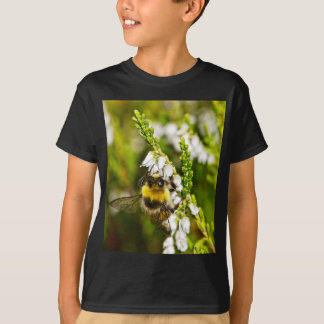 Bee on Lucky White Heather T-Shirt