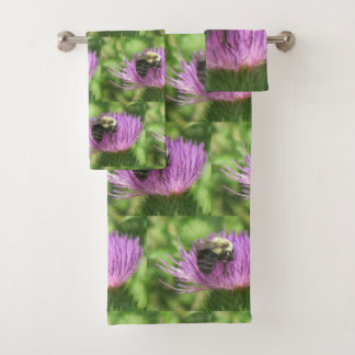 Bee On Thistle Pattern Bath Towel Set