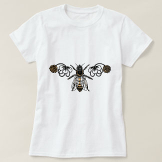 bee with clover T-Shirt