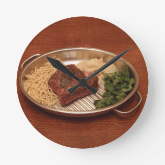 Beef Noodles Coriander and Chips Round Wallclocks
