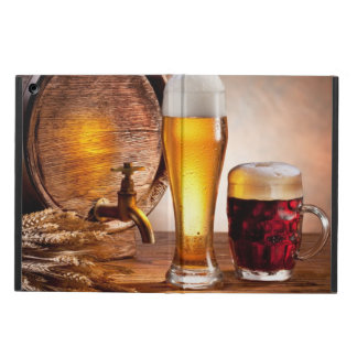 Beer barrel with beer glasses on a wooden table 2 iPad air case