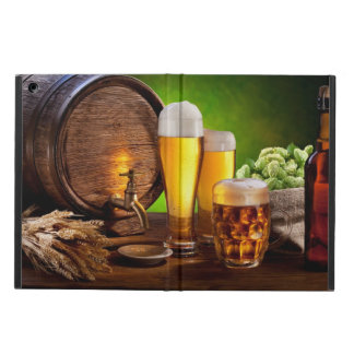Beer barrel with beer glasses on a wooden table iPad air case