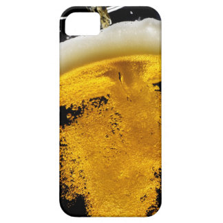 Beer been poured into glass, studio shot iPhone SE/5/5s case