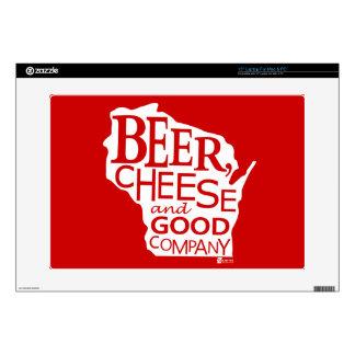 Beer Cheese & Good Company Du tonto Designs WI Calcomanía Para 38,1cm Portátil