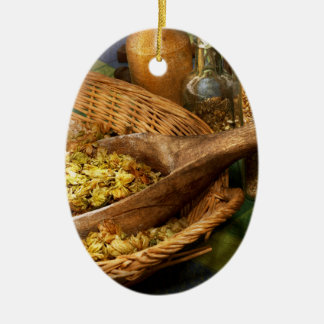 Beer Maker - Smooth Hoperator Ceramic Ornament