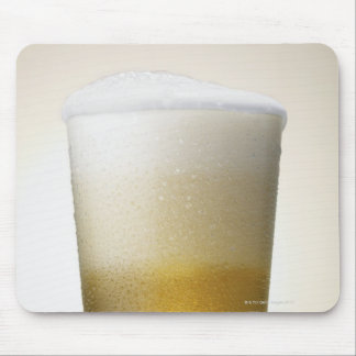 beer with foamy head mouse pad
