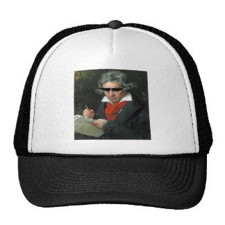 Beethoven & saunzu trucker hat