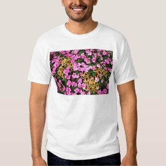 Begonias y coleo rosados playera