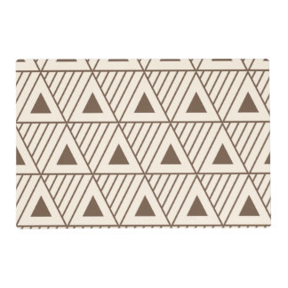 Beige and brown triangles placemat