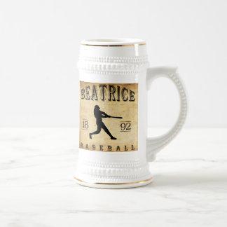 Béisbol 1892 de Beatriz Nebraska Jarra De Cerveza