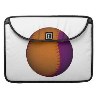Béisbol anaranjado y púrpura fundas macbook pro