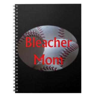 Béisbol de la mamá del blanqueador