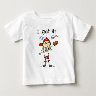 Béisbol de los chicas le conseguí las camisetas y