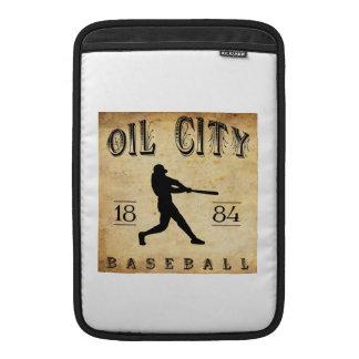 Béisbol de Pennsylvania de la ciudad del aceite 18 Fundas Macbook Air