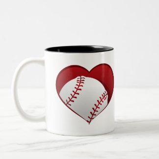 Béisbol dentro de la taza del Dos-tono del corazón