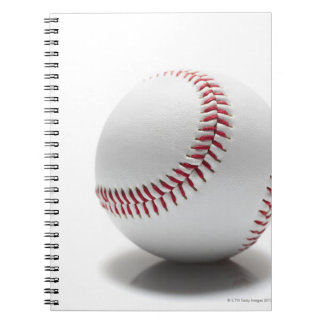 Béisbol en el fondo blanco libros de apuntes con espiral