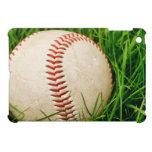 Béisbol en la hierba alta del verano iPad mini cárcasas