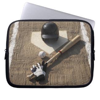 Béisbol, palo, guantes de bateo y béisbol fundas ordendadores