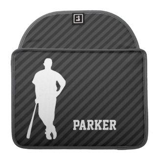 Béisbol; Rayas negras y gris oscuro Funda Para Macbook Pro