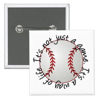 Béisbol-su no apenas un juego pin cuadrado