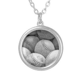 Béisboles del vintage en blanco y negro colgantes personalizados