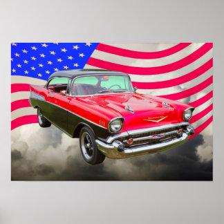 Bel Air 1957 de Chevrolet y bandera americana Póster