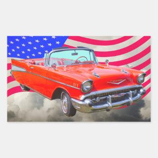 Bel Air 1957 de Chevrolet y bandera de los Pegatina Rectangular
