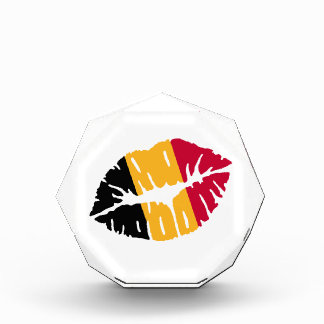 Belgium flag kiss award