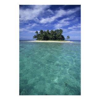 Belice, barrera de arrecifes, isla innomada o isle cojinete