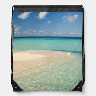 Belice, mar del Caribe. Goff Caye, una pequeña Mochila