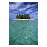 Belize, Barrier Reef, Unnamed island or cay. Photo