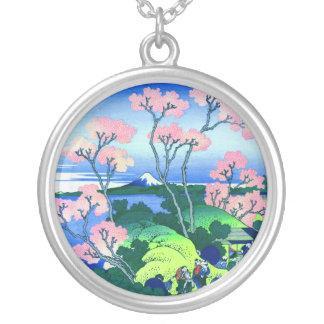 Bella arte de la flor de cerezo de la colina de colgante redondo